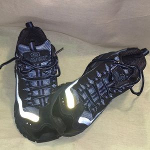 Reflective SKECHERS Blue Hiking Boots 8 [True 7.5]